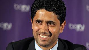 Nasser Al-Khelaifi, le président du PSG qui dirigera également le Paris Handball, le 24 mai 2012 à Paris. (ERIC PIERMONT / AFP)
