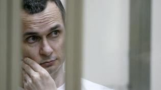 Le réalisateur Oleg Sentsov incarcéré à Rostov-on-Don en 2015. (SERGEI VENYAVSKY / AFP)