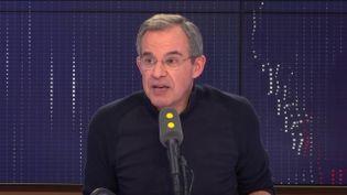 Thierry Mariani, candidat sur la liste RN aux Européennes, était l'invité de franceinfo, mardi 19 février 2019. (RADIO FRANCE / FRANCEINFO)