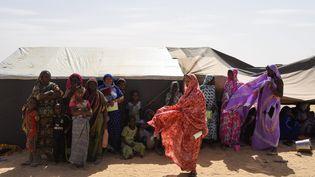 Des réfugiées maliennes dans un camp en Mauritanie. Photo d'illustration. (NICOLAS REMENE / LE PICTORIUM / MAXPPP)