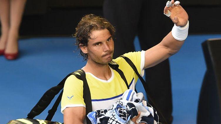 Rafael Nadal a salué le public australien qui l'a applaudi au moment de sortie du court après sa défaite au premier tour