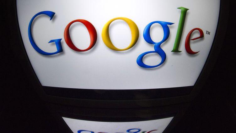 Google est devenu, le10 février 2014, la deuxième capitalisation boursière mondiale après Apple. (LIONEL BONAVENTURE / AFP)