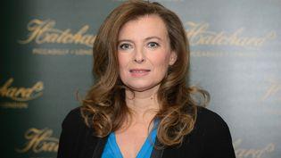 ValérieTrierweiler lorsd'une séance de dédicace à la librairieHatchards, àLondres, le 25 novembre 2014. (LEON NEAL / AFP)