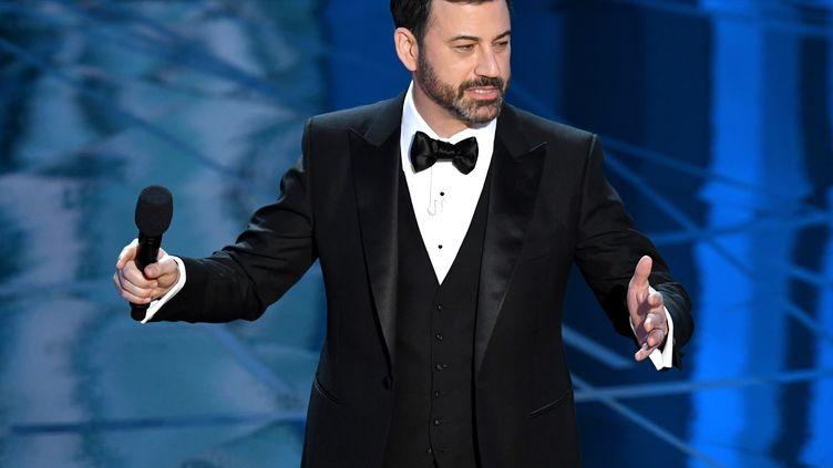 Jimmy Kimmel a présenté la cérémonie des Oscars, le 26 février 2017 à Hollywood (Etats-Unis). (KEVIN WINTER / GETTY IMAGES NORTH AMERICA / AFP)