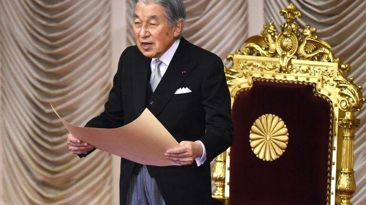 L'empereur du Japon Akihito, le 8 novembre 2017 à Tokyo. (KAZUHIRO NOGI / AFP)