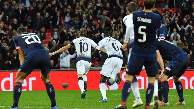 Harry Kane a signé un doublé pour Tottenham (BEN STANSALL / AFP)