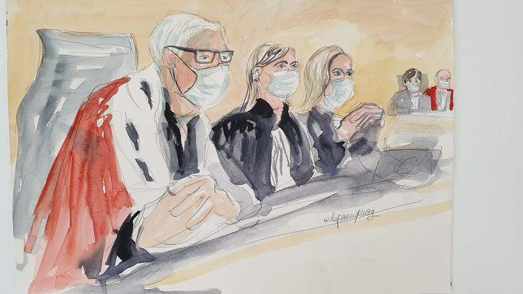 Le président de la cour d'assises, Régis de Jorna, ainsi que deux assesseures, le 2 septembre 2020, lors de l'ouverture du procès des attentats de janvier 2015. (ELISABETH DE POURQUERY / FRANCEINFO)