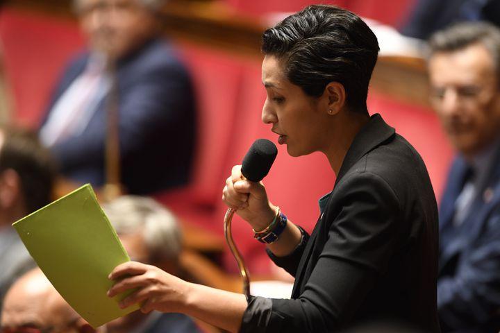 La députée MoDem Sarah El Hairy lors d'une séance de questions au gouvernement, le 16 mai 2018. (ERIC FEFERBERG / AFP)