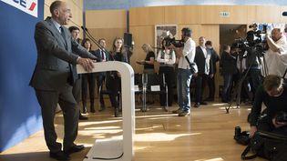 Conférence de presse de Jean-Marc Janaillac, aux Invalides, le 4 mai 2018.Patron d'Air France-KLM depuis moins de deux ans, il a démissionné vendredi, les salariés ayant rejeté la proposition salariale avancée pour tenter de sortir du conflit social. (PHILIPPE DE POULPIQUET / MAXPPP)