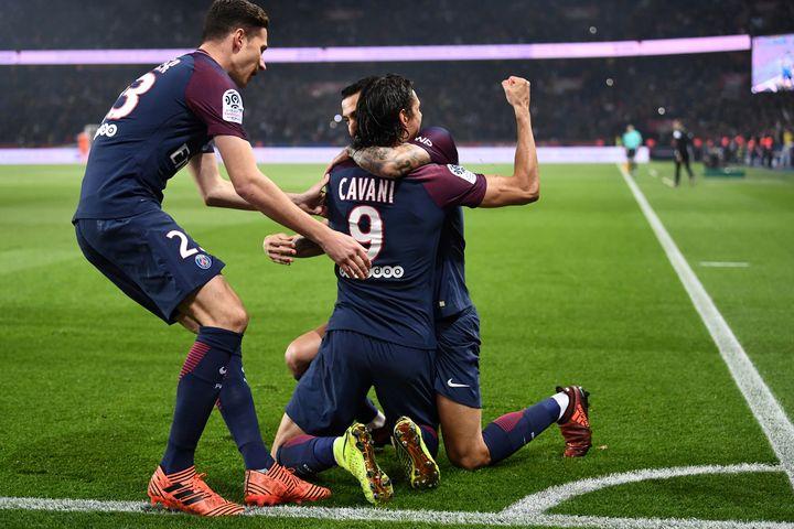 En février 2017, le trio Di Maris - Cavani - Draxler avait dynamité la défense barcelonaise (4-0 en Ligue des Champions). (FRANCK FIFE / AFP)