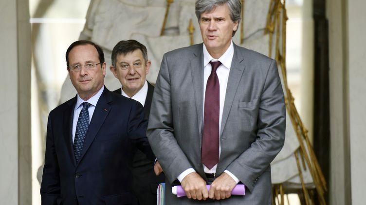 Le porte-parole du gouvernement, Stéphane Le Foll, sur le perron de l'Elysée (Paris), le 21 mai 2014. (ERIC FEFERBERG / AFP)