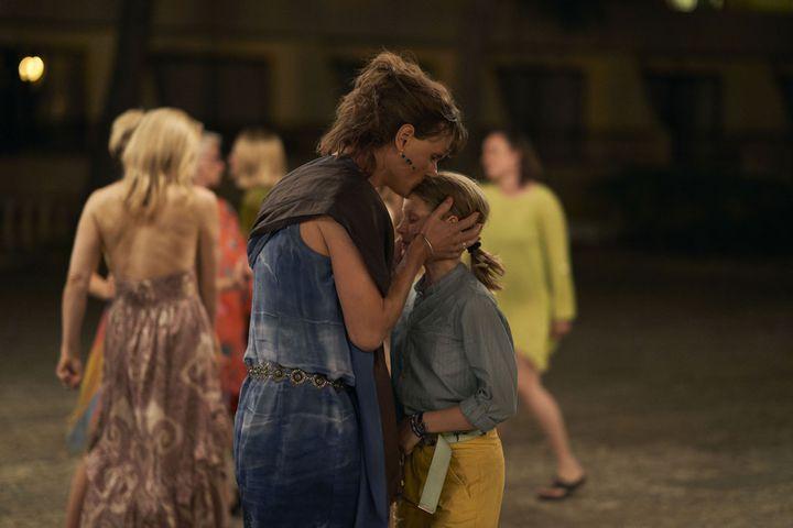 """Mikkel Boe Folsgaard joue Agnete, le père d'Emma (Katya Toft Loholt) dans """"A Perfect Family"""". (Haut et Court)"""