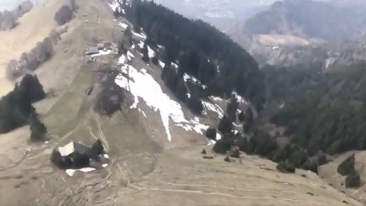 Image de la surveillance aérienne des gendarmes de Haute-Savoie. (CAPTURE TWITTER / GENDARMERIE DE HAUTE-SAVOIE)