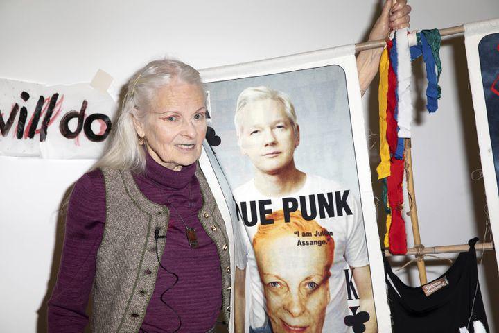 La créatrice britannique Vivienne Westwood lors de son défilé pap féminin automne-hiver 2020-21 à la London Fashion Week, le 14 février 2020 (GRANT POLLARD/AP/SIPA / SIPA)