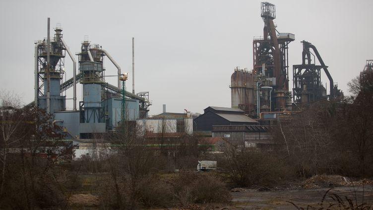 Les hauts fourneaux du site ArcelorMittal de Florange (Moselle), le 24 février 2012. (J.B. LE QUERE / MAXPPP)