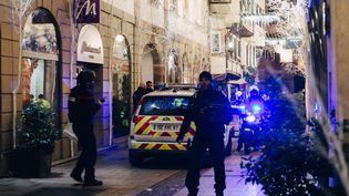 La police et les secours en intervention à Strasbourg après la fusillade du 11 décembre 2018. (ABDESSLAM MIRDASS / AFP)
