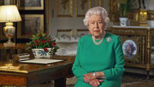 La reine d'Elizabeth II, lors de son allocution télévisée diffusée le dimanche 5 avril 2020. (BUCKINGHAM PALACE / AFP)
