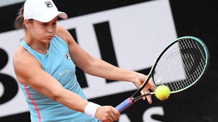 Ashleigh Barty lors de son quart de finale du tournoi WTA 1000 de Rome face à Cori Gauff le 14 mai 2021. (ETTORE FERRARI / ANSA via MAXPPP)