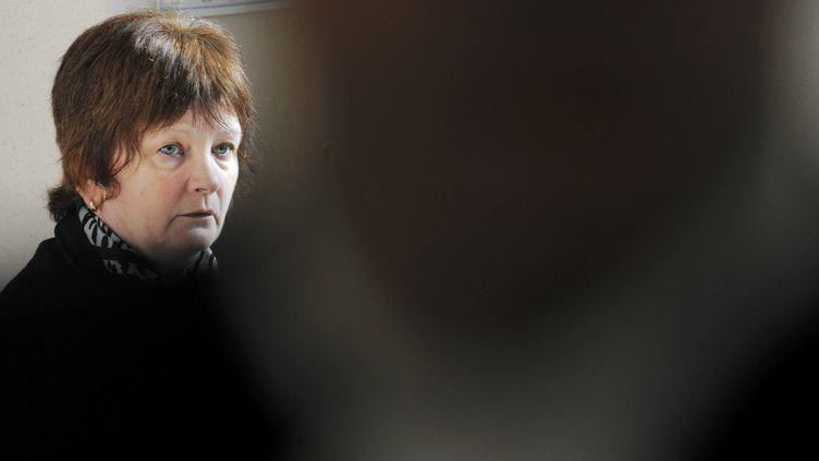 Ginette Villemin, ici photographiée le 24 février 2010 au palais de justice de Dijon, est ressortie libre de sa garde à vue, le 15 juin 2017. (MAXPPP)