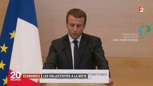 Emmanuel Macron souhaite que les collectivités territoriales réalisent 13 milliards d'euros d'économies. La réforme de la taxe d'habitation suscite l'inquiétude. (FRANCE 2)