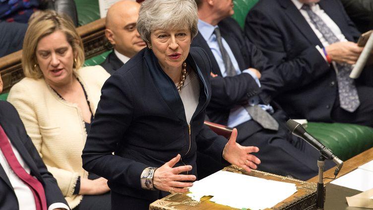 Theresa May lors de la séance de questions à la Première ministre à la Chambre des Communes, à Londres, le 3 avril 2019. (MARK DUFFY / UK PARLIAMENT / AFP)