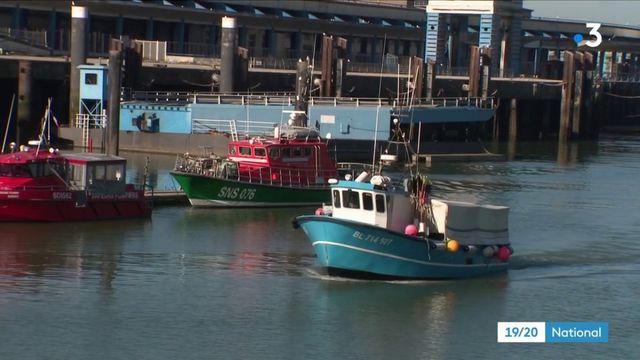 Migrants : les gendarmes tentent de sécuriser les côtes autour de Calais