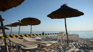 La plage de Sousse (Tunisie), après l'attentat terroriste du 27 juin 2015. (ANDREAS GEBERT / DPA / AFP)
