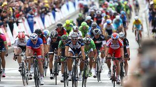 L'Allemand Marcel Kittel sprinte à l'arrivée de la 4e étape du Tour de France entre Le Touquet-Paris-Plage (Pas-de-Calais) et Lille, le 8 juillet 2014. (MANUEL BLONDEAU / AOP PRESS)