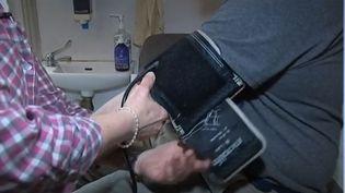 L'hypertension est une maladie chronique très répandue, mais très souvent sans signes avant-coureurs. (FRANCE 2)