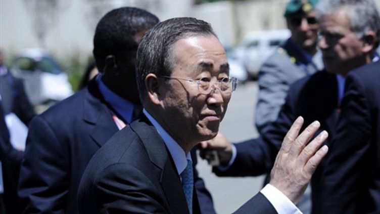 Le secrétaire général de l'ONU, Ban Ki-moon à Aquila, Italie pour le G8, en 2009 (© AFP)