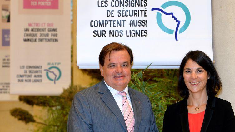 Le délégué général adjoint de la RATP Philippe Martin (G), le 29 août 2016 à Paris. (ERIC PIERMONT / AFP)