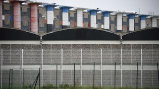 La prison de Fleury-Mérogis, photographiée dans le sud de Paris, le 29 octobre 2015. (ERIC FEFERBERG / AFP)