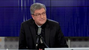"""Éric de Moulins-Beaufort,président de la Conférence des évêques de France était l'invité du """"8h30franceinfo"""", mercredi 6 octobre 2021. (FRANCEINFO / RADIOFRANCE)"""