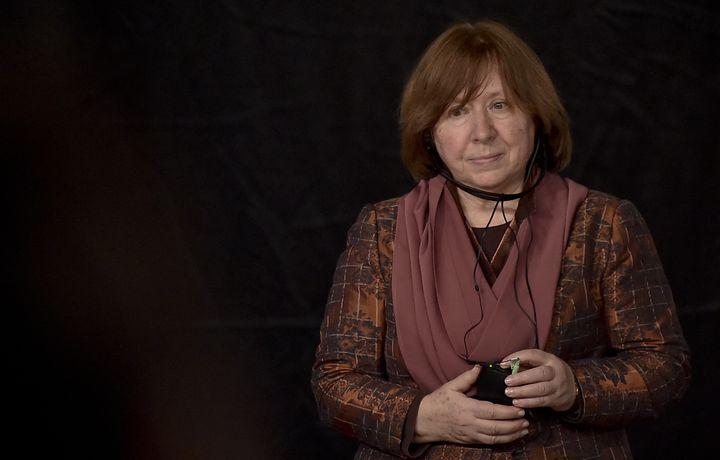 La journaliste et écrivaine biélorusseSvetlana Alexievichà Bogota (Colombie), le 19 avril 2016. (GUILLERMO LEGARIA / AFP)