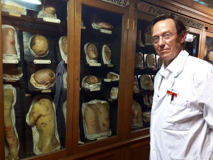 """Le Docteur Antoine Petit voit un """"patrimoine historique important"""" dans ce musée (BENJAMIN ILLY / RADIO FRANCE)"""