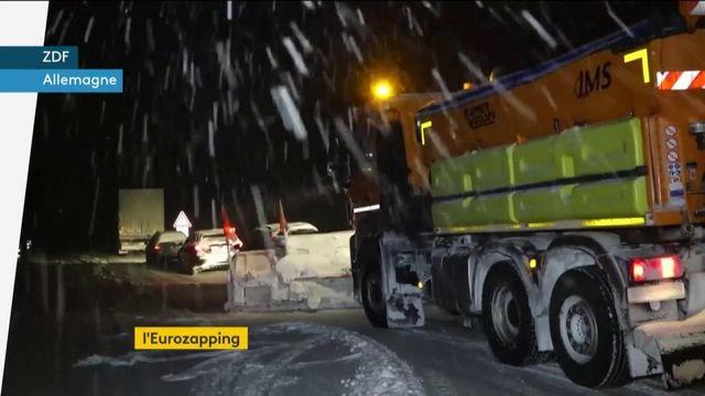 Eurozapping : la neige paralyse l'Allemagne, inquiétude pour les plus pauvres en Espagne
