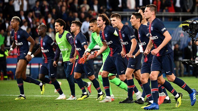 L'équipe du PSG contre Saint-Etienne le 14 septembre 2018. (FRANCK FIFE / AFP)