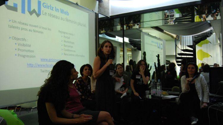 Sabine Coulon accompagnée d'autres Tech Women à La Cantine - 29/06/10 (Girlz in Web CCL)