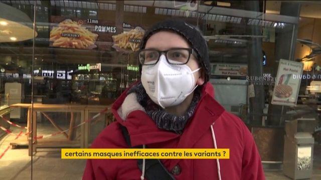 Covid-19 : les masques chirurgicaux préconisés pour mieux se protéger des variants