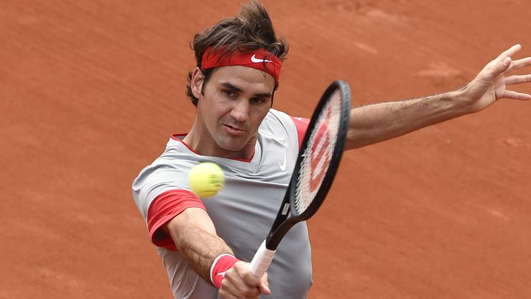 Roger Federer s'est imposé sans forcer pour son entrée en matière à Roland-Garros (PASCAL GUYOT / AFP)