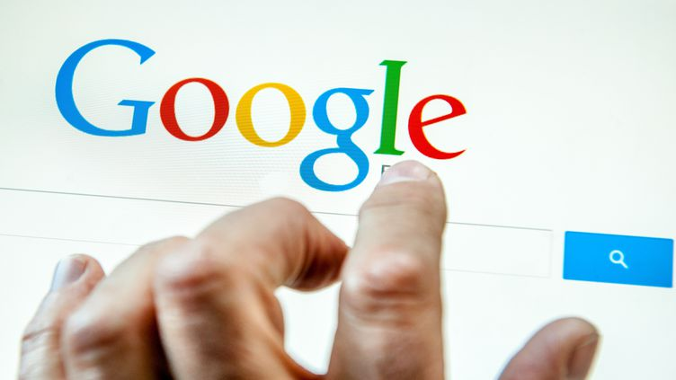"""Google a lancé, jeudi 29 mai 2014, un formulaire pour permettre aux citoyens européens d'exercer leur """"droit à l'oubli"""". (PHILIPPE HUGUEN / AFP)"""