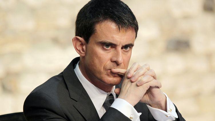 Le Premier ministre, Manuel Valls, le 13 février 2015 à Honfleur (Calvados). (CHARLY TRIBALLEAU / AFP)