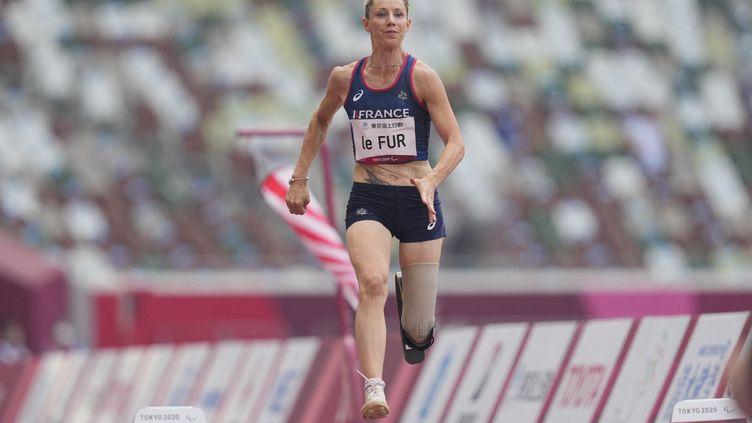La Française Marie-Amélie Le Fur, médaillée d'argent en saut en longueur aux Jeux paralympiques de Tokyo, le 28 août 2021. (ULRIK PEDERSEN / NURPHOTO via AFP)