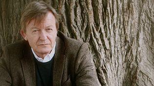 Jean Echenoz  (Roland Allard)