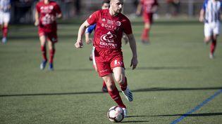 Un joueur duFC Annecy, le 23 février 2020, lors d'un match contreUS Annecy le Vieux. (GR?GORY YETCHMENIZA / MAXPPP)
