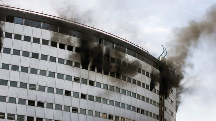 (Après avoir démarré vers 12h30, le feu a été éteint vers 14h. © Maxppp)