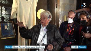 Jean-Jacques Annaud en tournage à Amiens le 28 mai 2021 (France 3 Picardie)