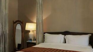 France 2 vous emmène en Andalousie à Séville. Le mythique hôtel Alfonso XIII nous ouvre ses portes. (FRANCE 2)