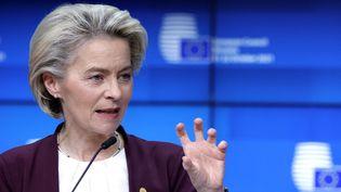 La présidente de la Commission européenne Ursula von der Leyen, à Bruxelles, le 22 octobre 2021. (OLIVIER MATTHYS / POOL / AFP)