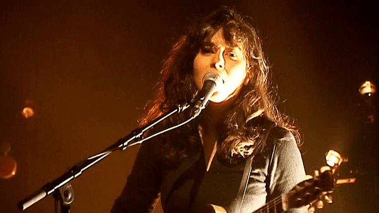 Laura Cahen en répétition aux Bains-Douches de Lignières (Cher)  (France 3 / Culturebox)
